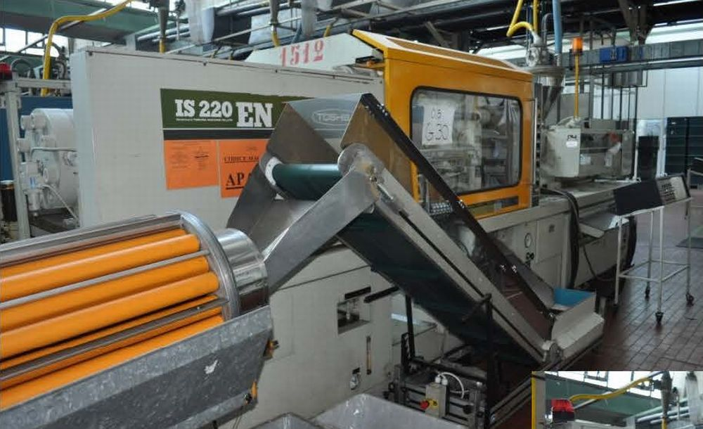 INJECTION MOULDING MACHINE – NO.15.0151